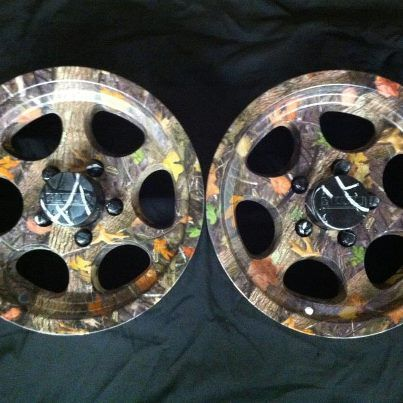 Wheels Customized In Kings Woodland Hydrographic Pattern