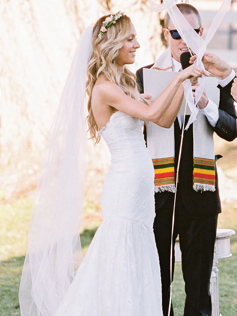 15 Different Ways To Style A Veil With A Flower Crown Wedding Hair