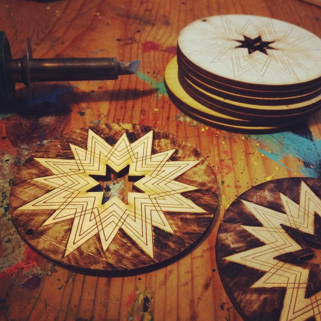 Woodburning my first laser cut project a perfect combo. #woodburning #lasercut #compass #ornament #artbysadie #instadaily #artistsoninstagram #illustration by sadiemarfizz