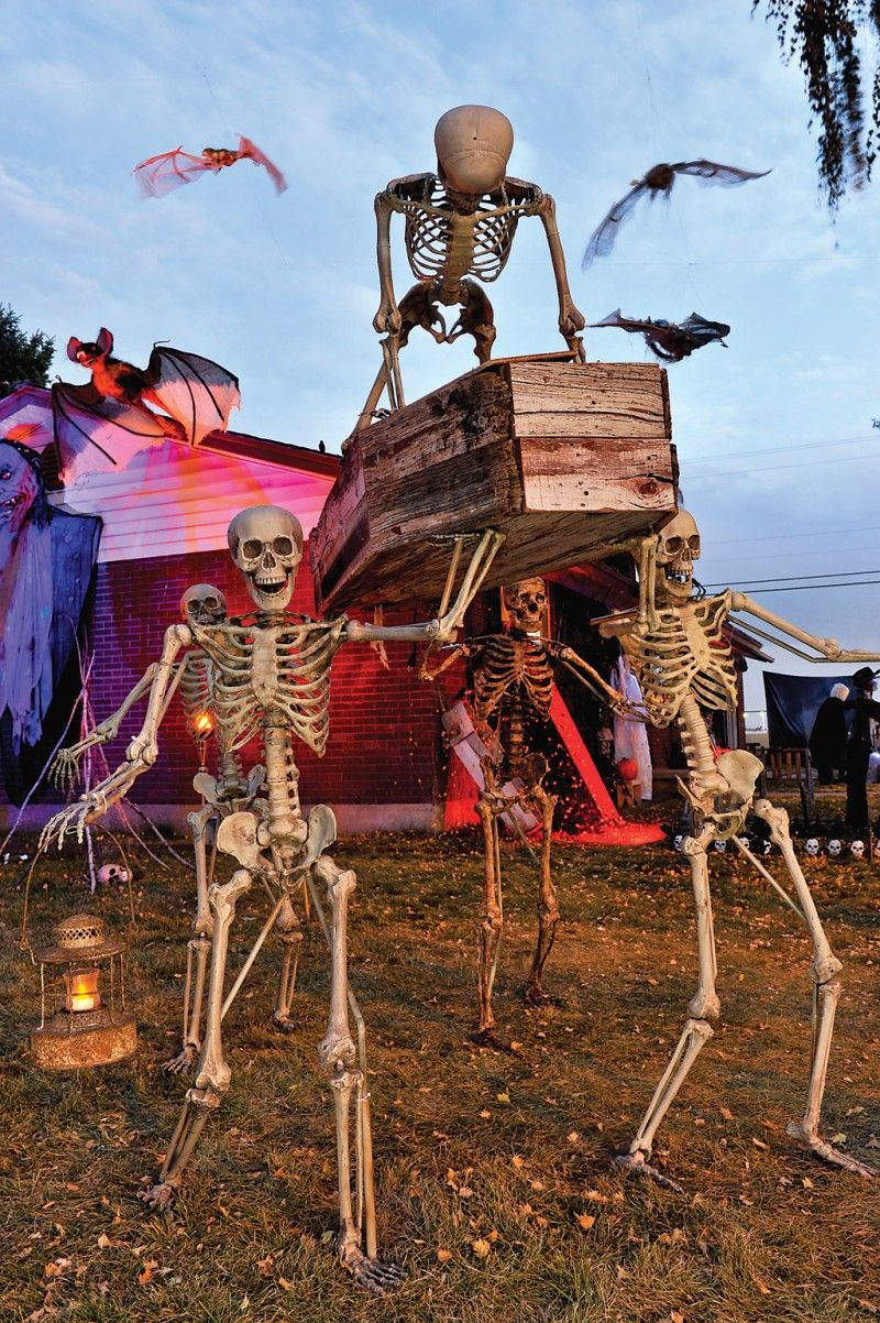 home haunts Locals get in the Halloween mood with their own home - Halloween Graveyard Decorations