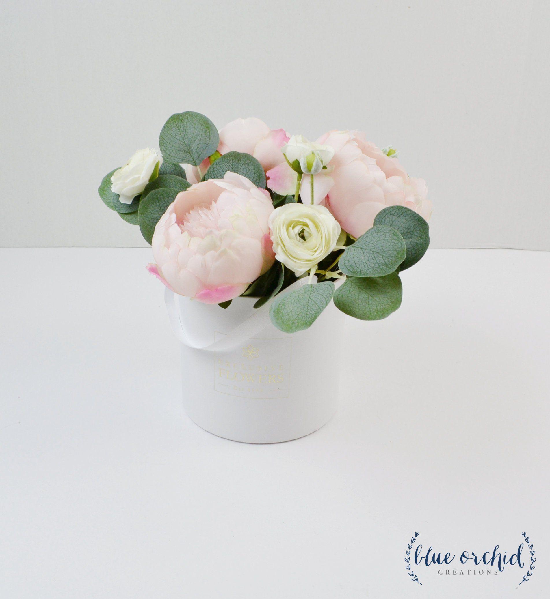 Floral Arrangement Hat Box Centerpiece Peony Arrangement Etsy Peony Arrangement Silk Flower Arrangements Floral Arrangements