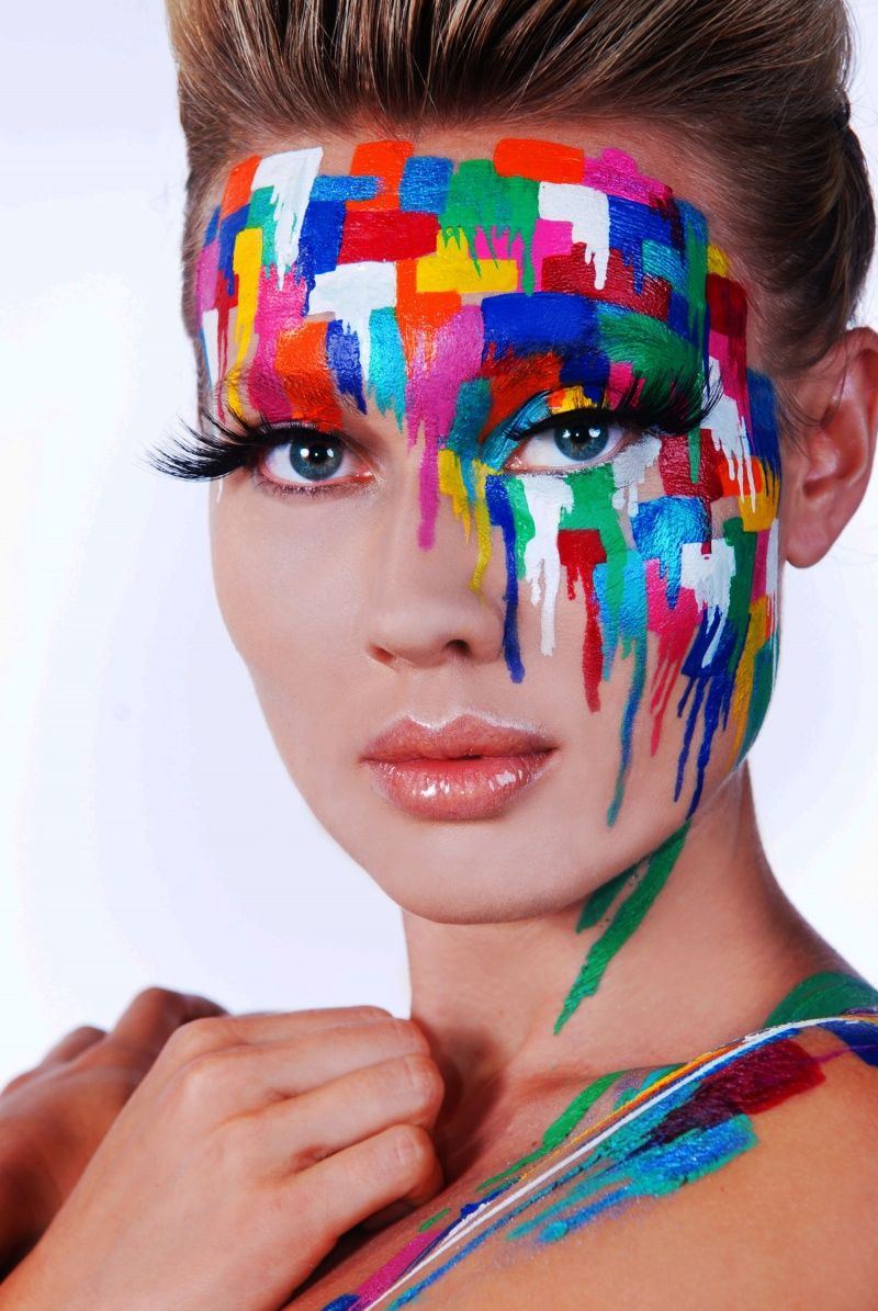 maquillage en mode peinture face art pinterest maquillage le maquillage et photo peinture. Black Bedroom Furniture Sets. Home Design Ideas