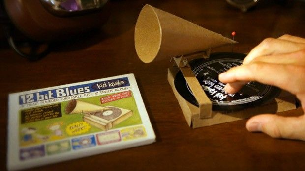 Kid Koala Bundles Working Cardboard Gramophone With Album Spurs On Budding Turntablists Video Turntable Diy Cardboard Fun Diys