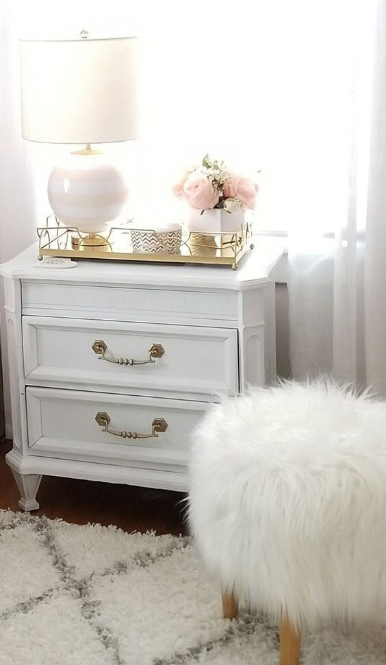 Be Inspired-Style a Beautiful Nightstand Hi Friends, Hope your all planning on enjoying your Sunday! Today, I am sharing with you'll ideas to create a beautiful nightstand. After a long day, I can't wait to retire to my bedroom and decompress and relax. I am very visual and clutter is one of my stressors. So, my bedroom needs to be ae - Be Inspired-Style a Beautiful Nightstand @beachpretty.com  #interiordesign #bedroom #masterbedroom #bedroomdecor #homedecor #bedroomdesign #bedroomideas #nightst