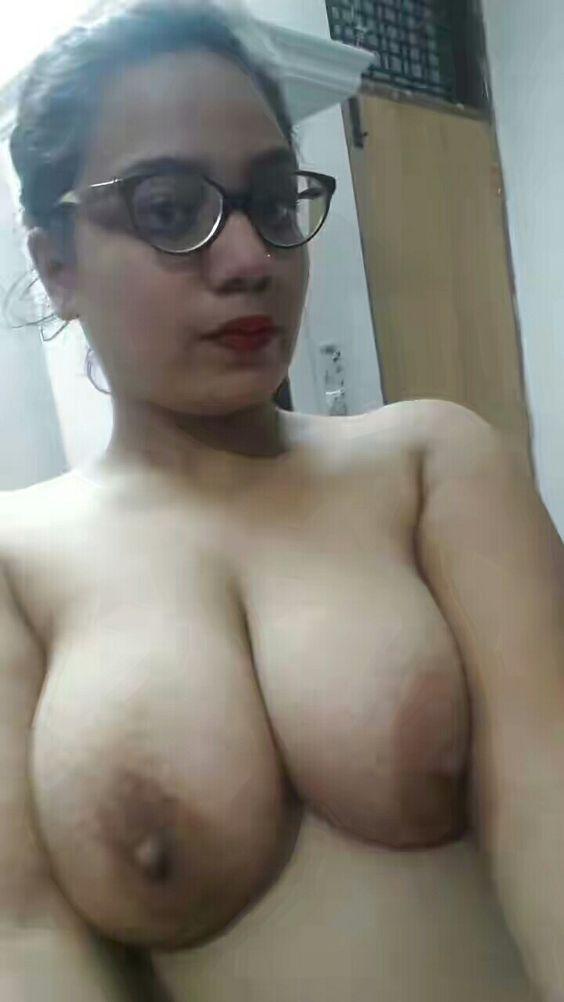 Golden ebony porn pics