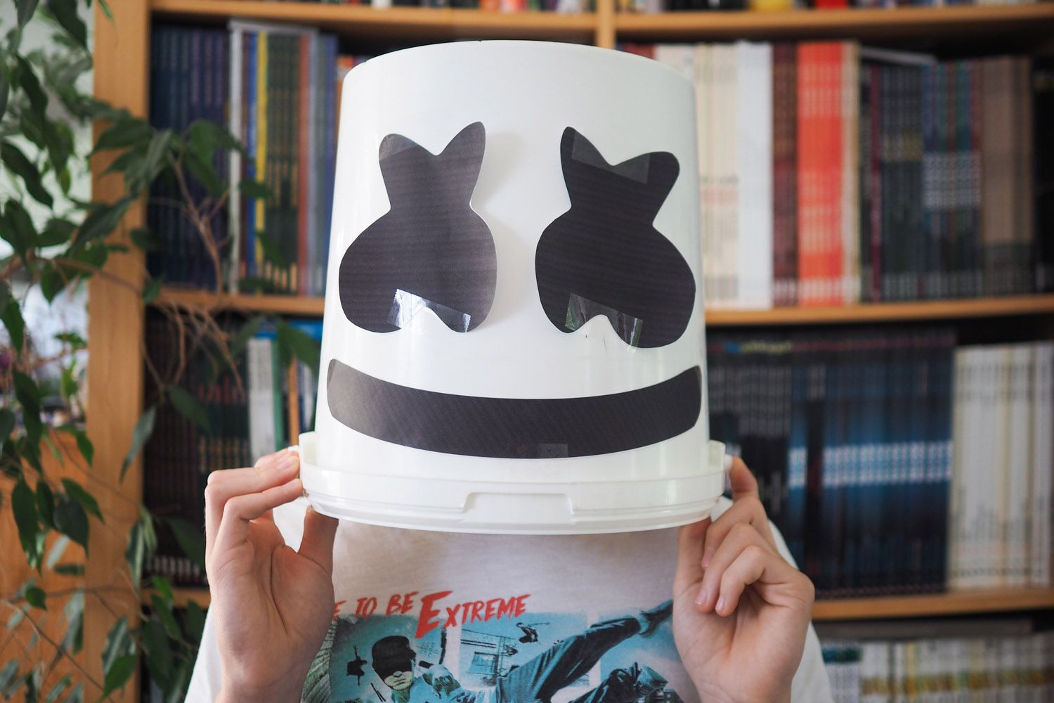 DIY costume DJ Marshmello casque Halloween en 2020