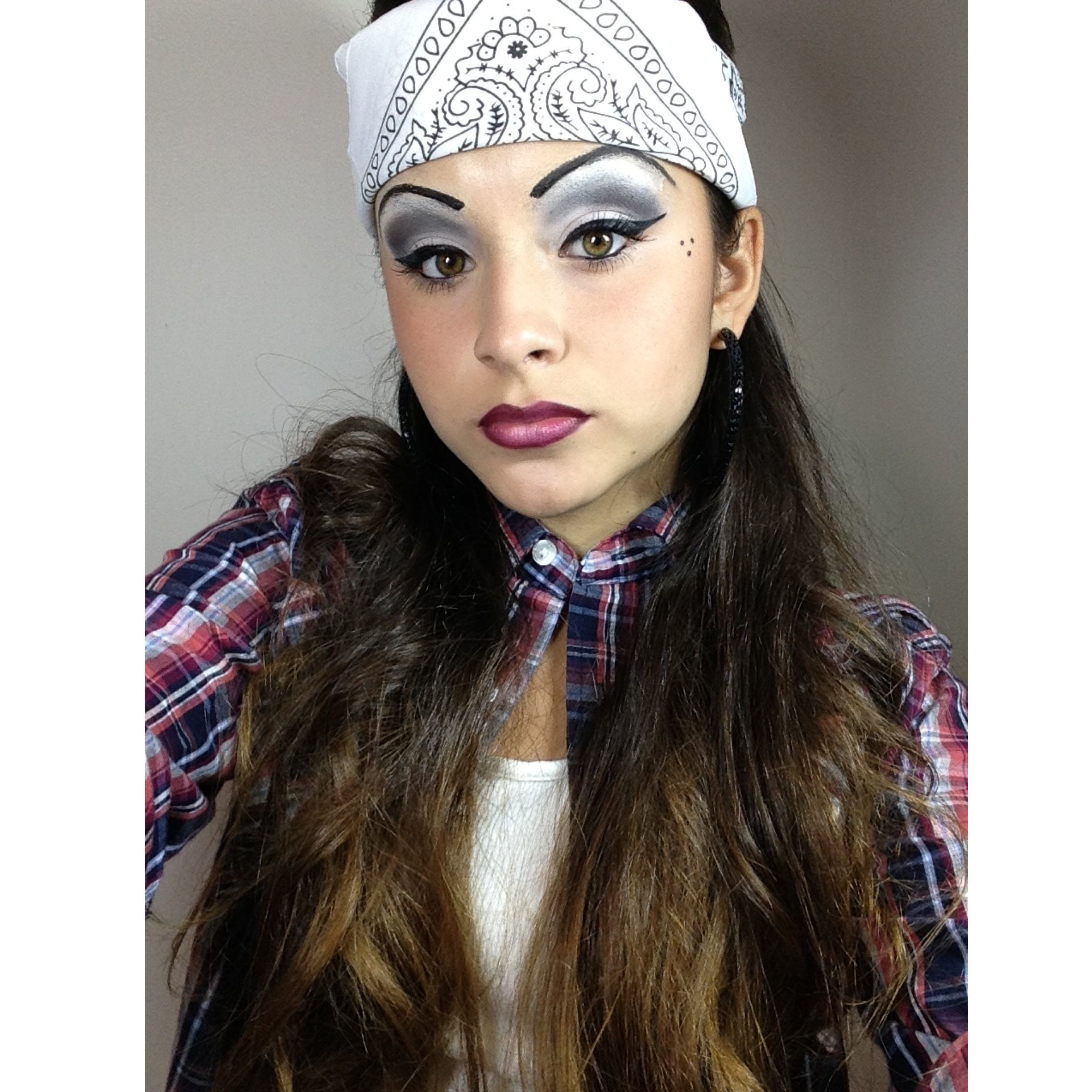 ive created a chola look for those of you who are interested to be one for halloween - Tough Girl Halloween Costumes