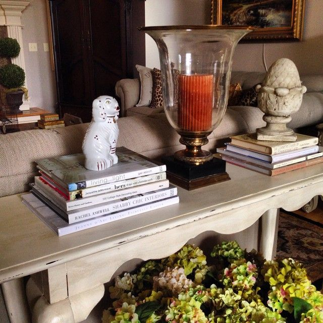 Styling the sofa table without causing clutter. www.commonground-do.com