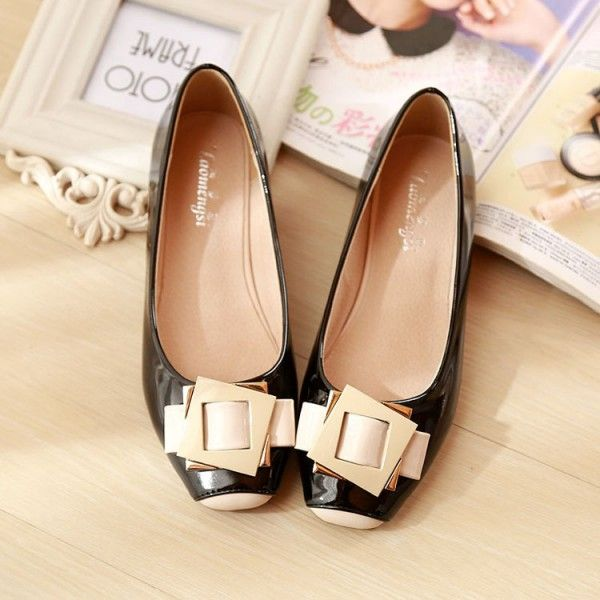 23 Cute Flats You Should Not Miss