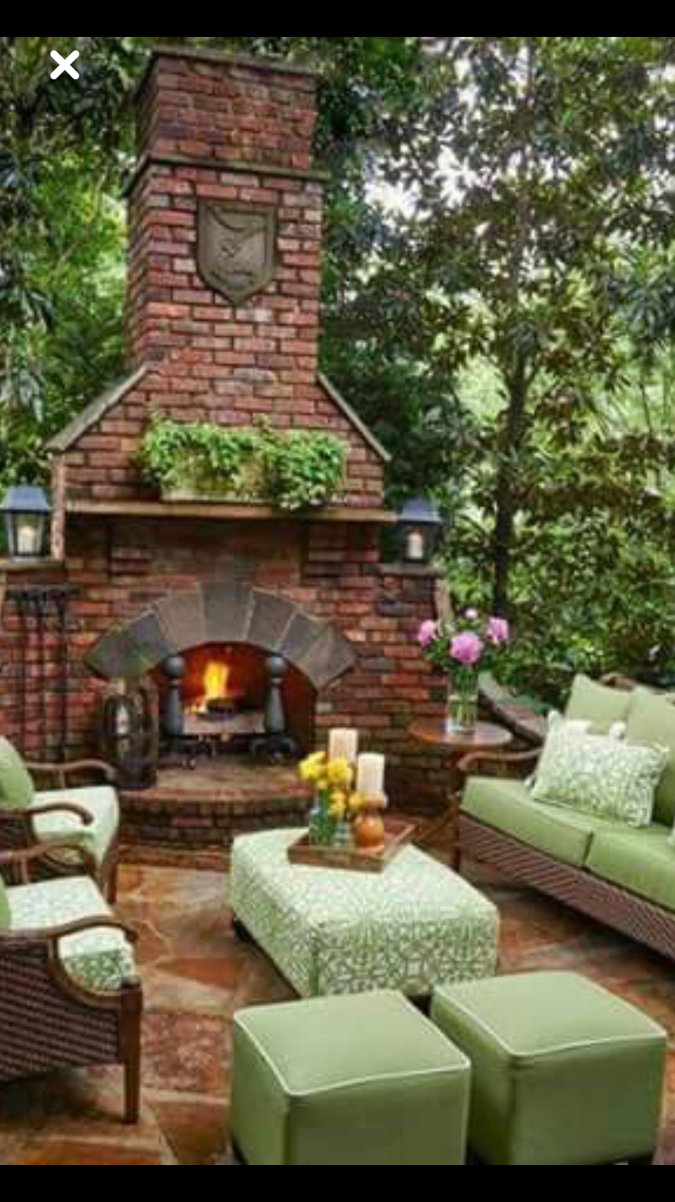 Cool Idea For Court Yard Fireplace Outdoor Fireplace Designs
