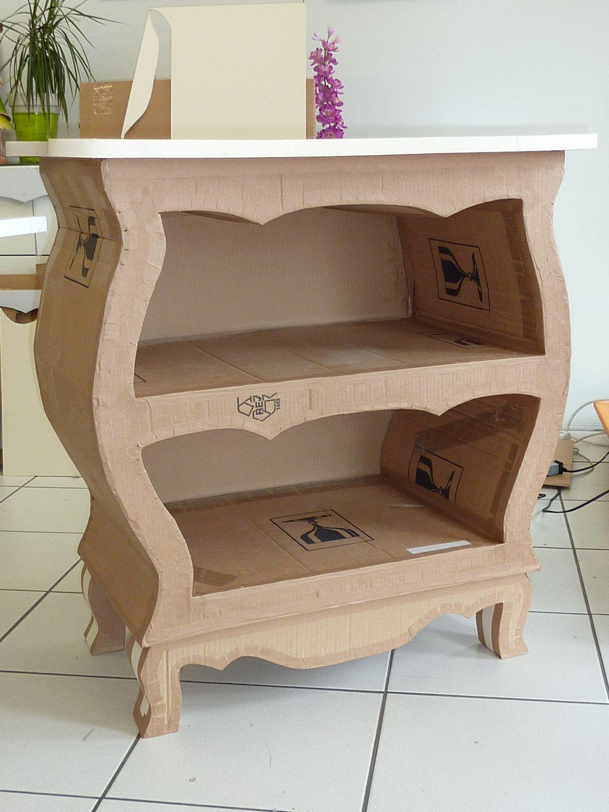 Made Of Cardboard From L Atelier Cadre Et Deco Commode Realisee Par Syvette En Stage Www Cadreetdeco En 2020 Mobilier En Carton Meuble En Carton Meubles En Carton
