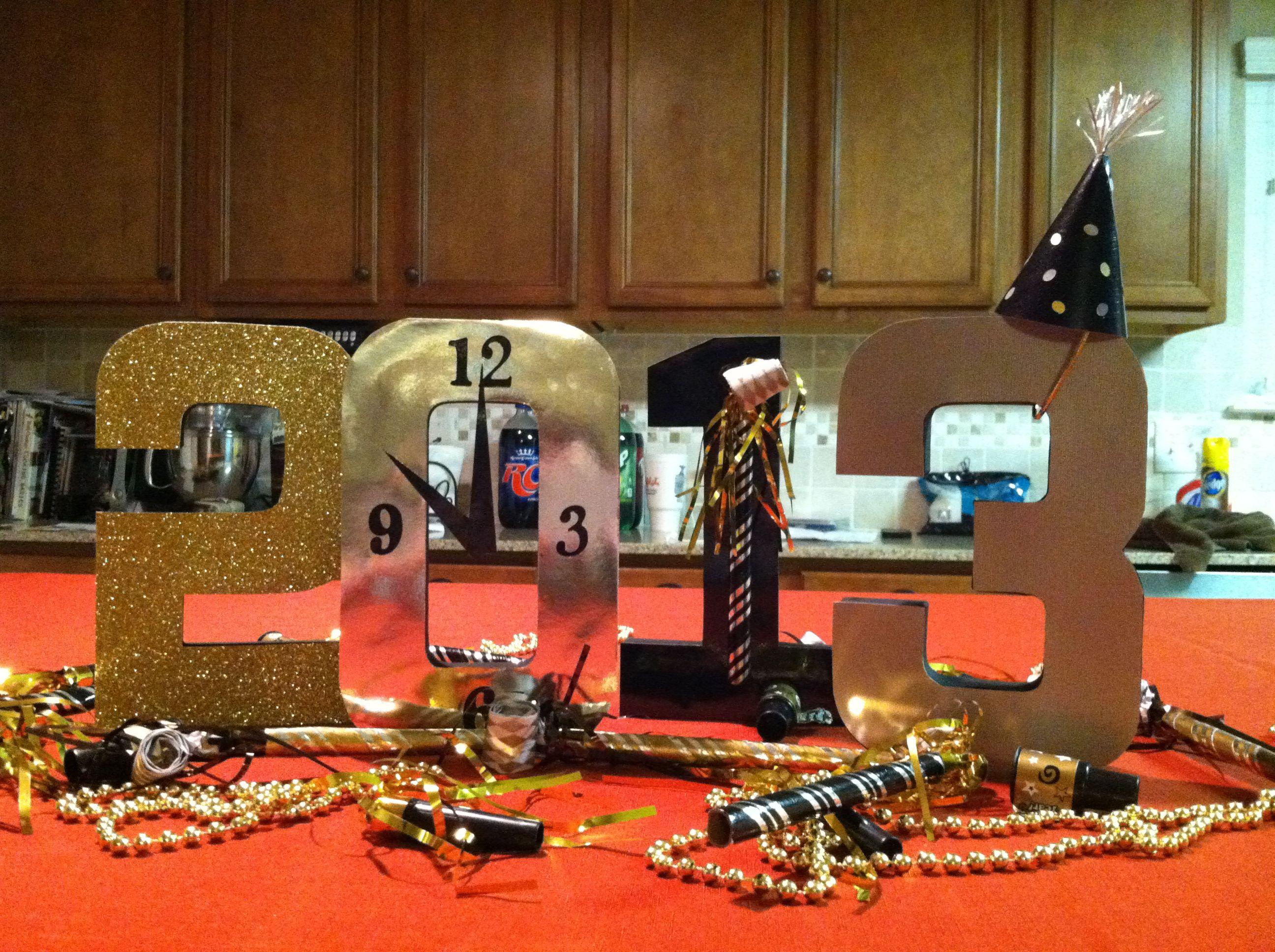 #DIY New Year decorations/centerpiece. Paper mâché numbers ...