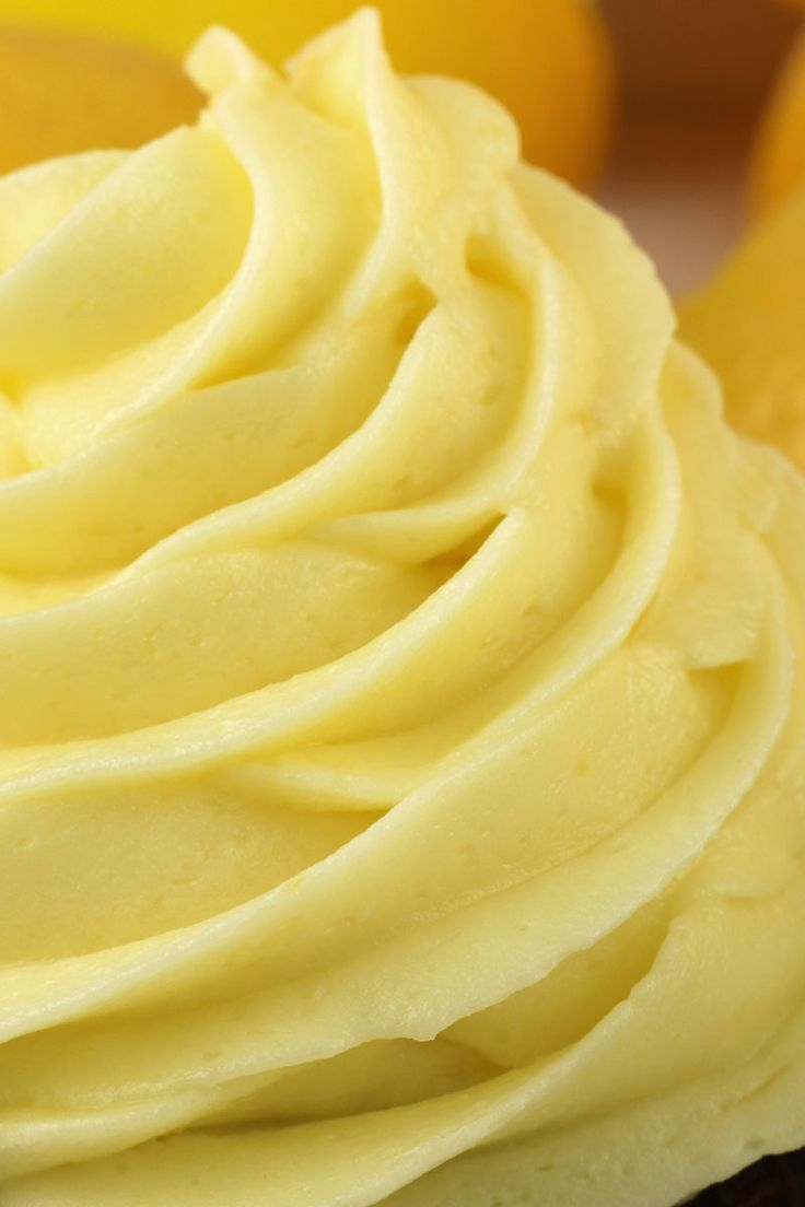 The Best Lemon Buttercream Frosting #creamfrosting