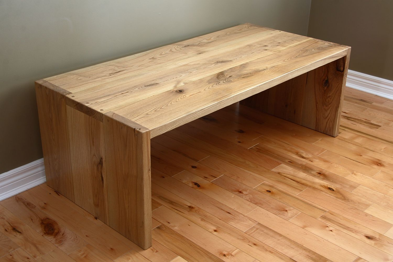 Pin By Tim Ertl On Table Wood Table Design Rustic Pine