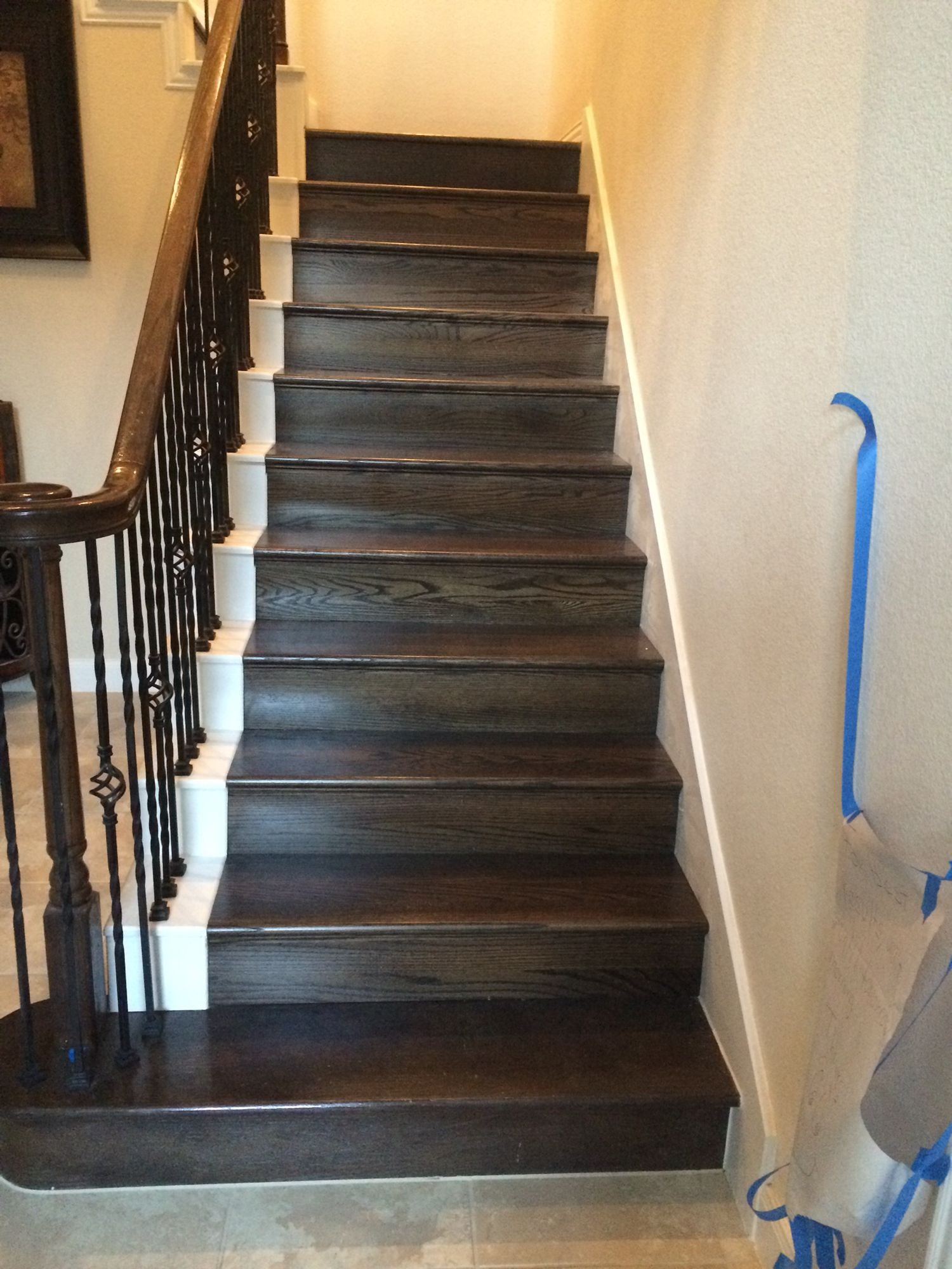 Best Red Oak Risers And Treads With Dark Stain Red Oak Home 400 x 300