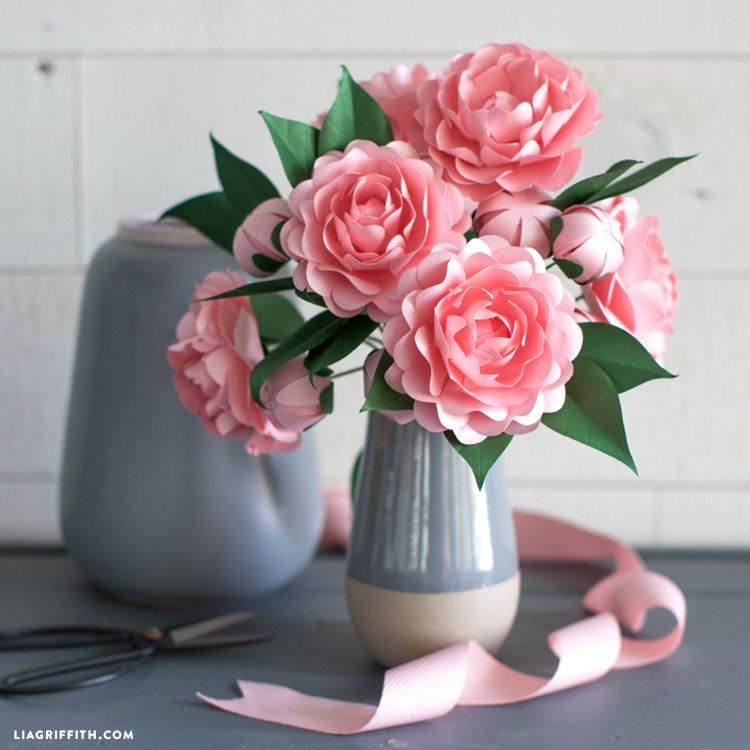 Free Download Diy Frosted Paper Camellia Flower Paper Flower Patterns Paper Flowers Paper Flower Bouquet