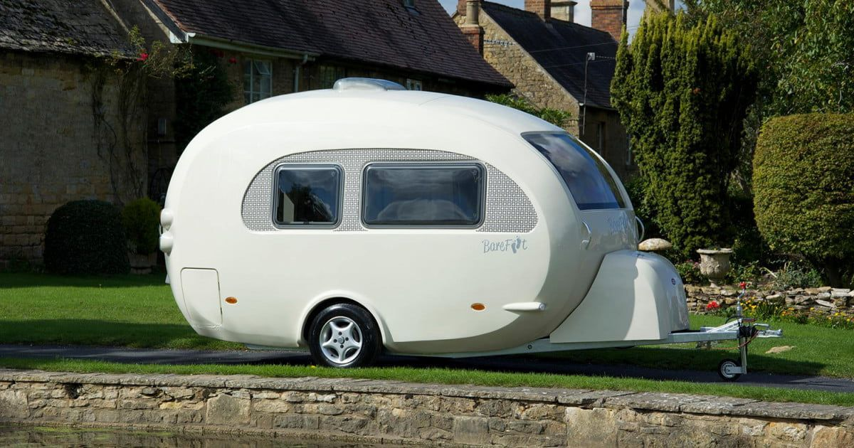 The creator of the Barefoot Caravan couldn't find a camper she liked, so she made her own. It looks