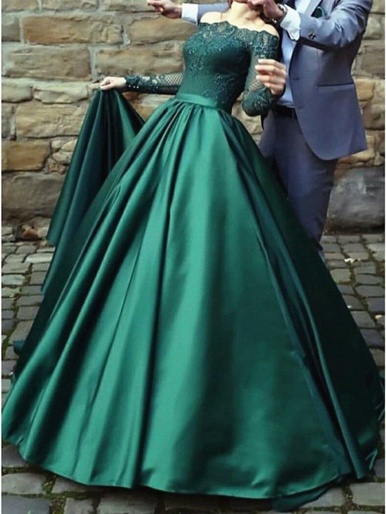 Long Sleeves Long Green Lace Prom Dresses Emerald Green Lace Formal Evening Dresses In 2021 Green Prom Dress Prom Dresses Long With Sleeves Lace Dress [ 1024 x 768 Pixel ]