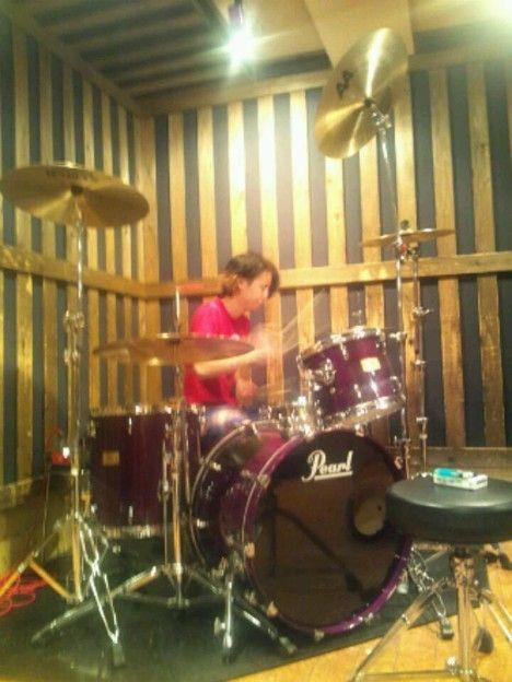 ONE OK ROCKのドラムのひととスタジオなう