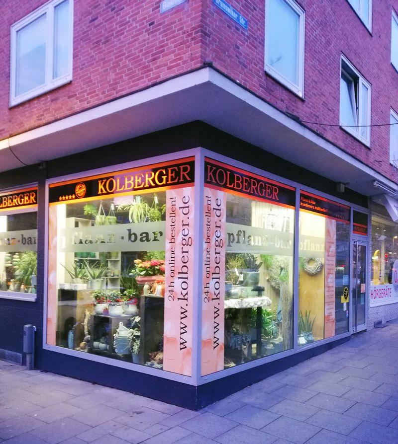 Wir Liefern Blumen Blumenstrauss Und Pflanzen In Kiel Und Umgebung Blumenladen Blumen Blumenstrauss