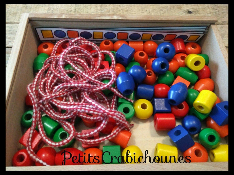 collier de perles en bois maternelle