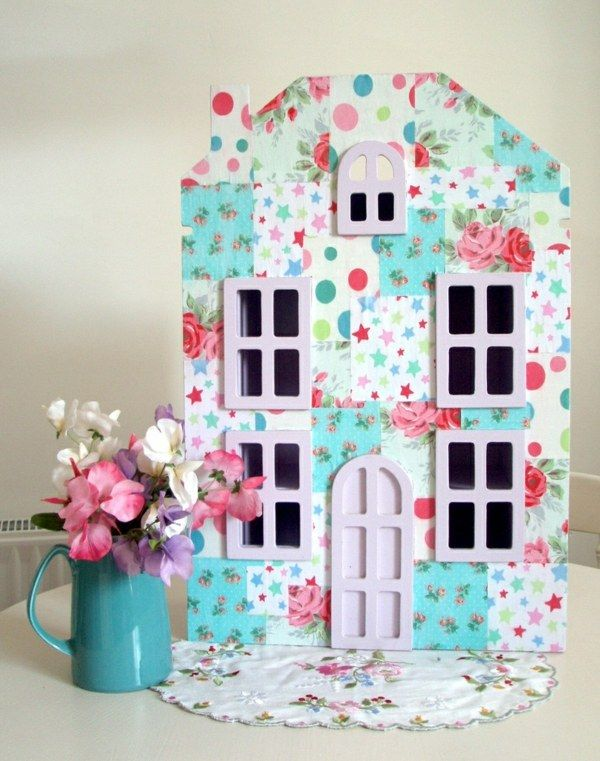 Puppenhaus selber bauen Fassade Tapeten Reste | Puppenhäuser ...