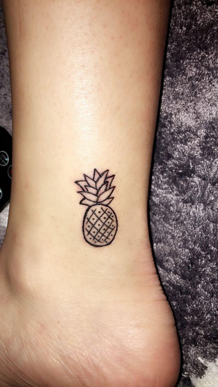 Cute Small Easy Henna Tattoo Design: Tatuaje Pequeño De Piña