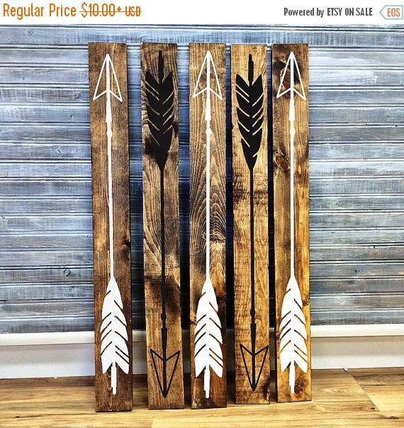 Wood Arrow Boho Home Decor, Girls Bedroom Wall Decor, Reclaimed Barn Wood,  Wood Home Decor, Gift For Her, Vinyl Arrow Design, Rustic Signs
