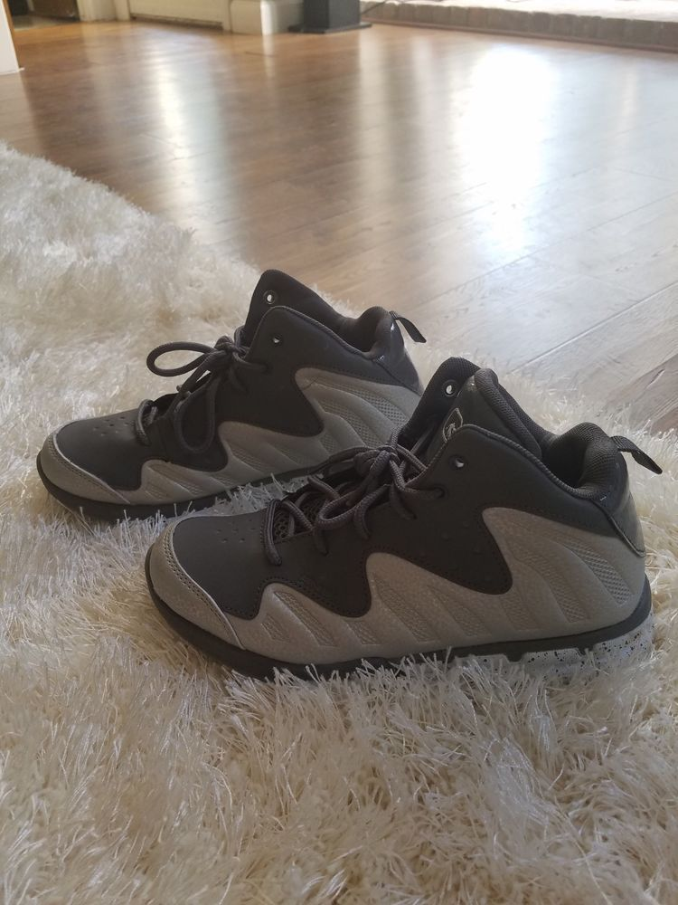 c9fcb9e2bd43 Boys Grey And 1 basketball shoes Sz 4  fashion  clothing  shoes   accessories  kidsclothingshoesaccs  boysshoes (ebay link)