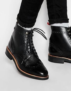 schwarz budapester stiefel