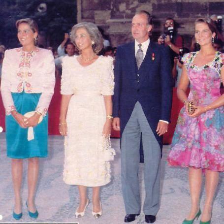 Pin By Teresa Fernandez Fernandez On La Reina De España Wedding Spain Royal Wedding Infanta Margarita