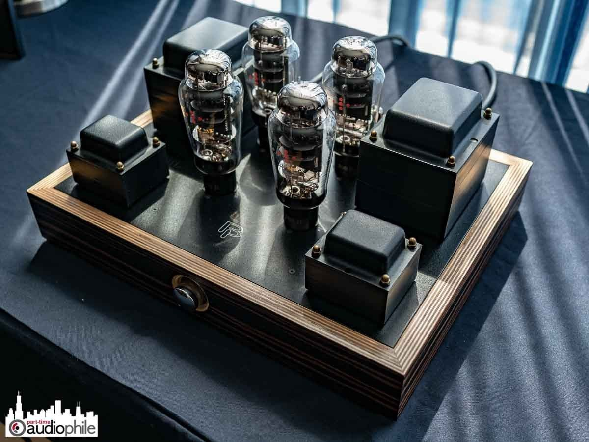 Valve Amps Image By Meshack Rakumakoe