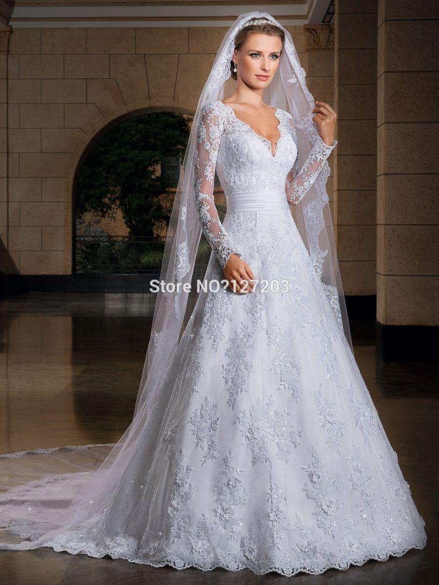 Vestido de Noiva Evasê em Renda