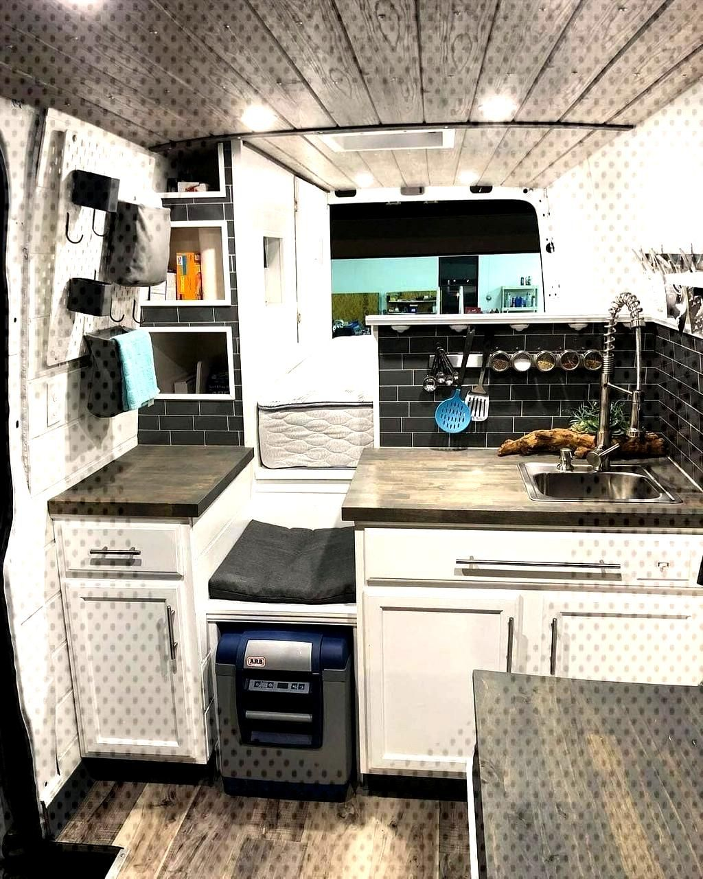 Magnificent Remodel Your Trailers Into Campers