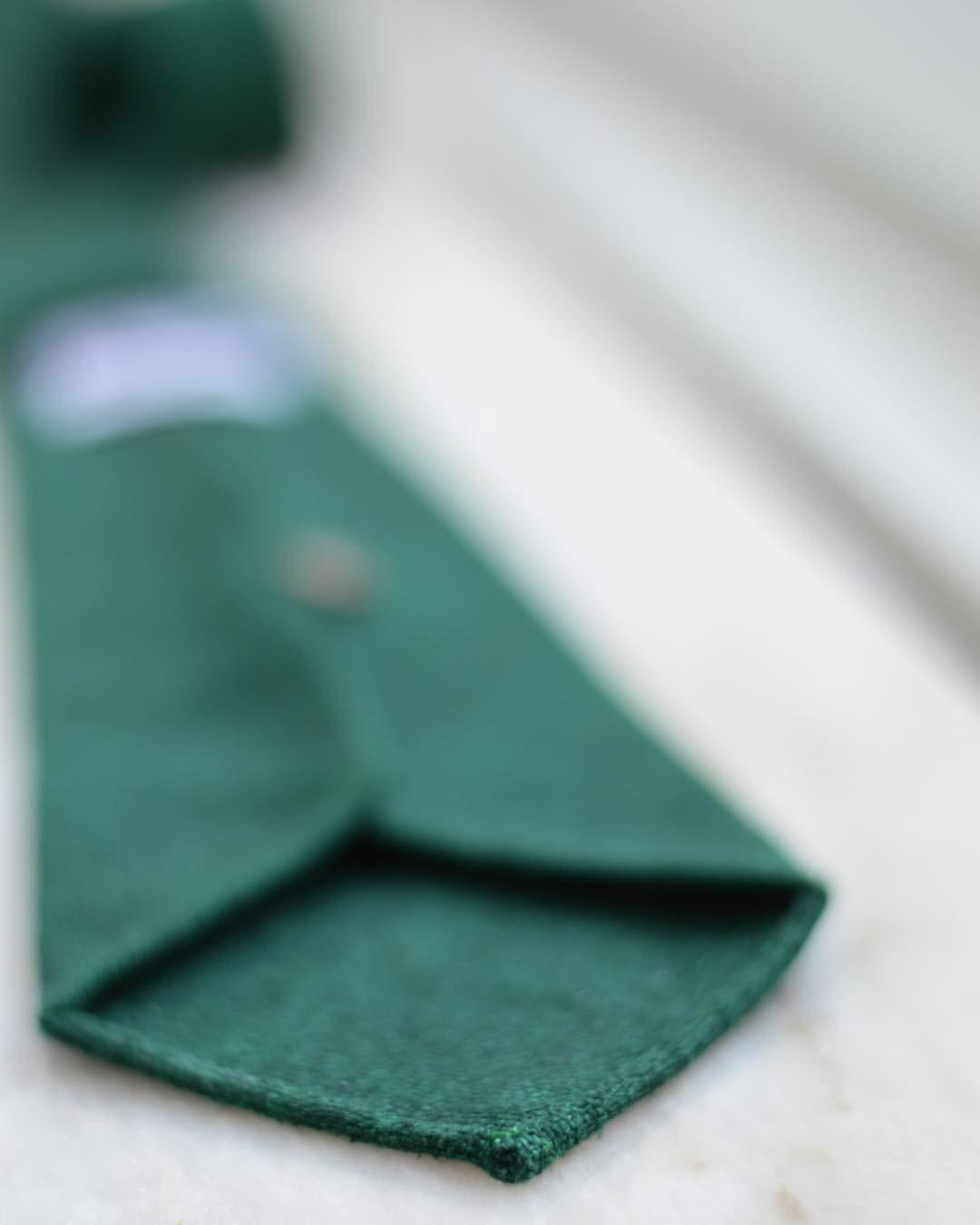 Grovsnus - toquote:   Custom made tie from @fserraiocco in a...