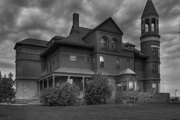 5 Most Haunted Places in Duluth-Superior. Are You Scared?