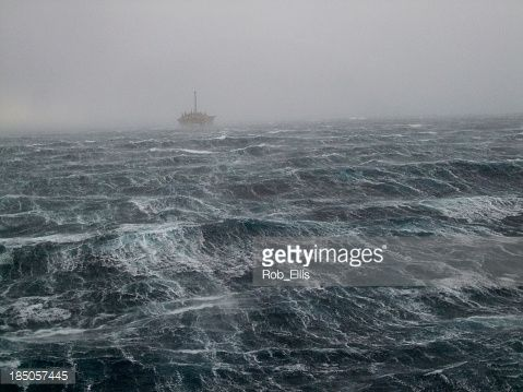 Stock Photo : North Sea Oilrig Storm