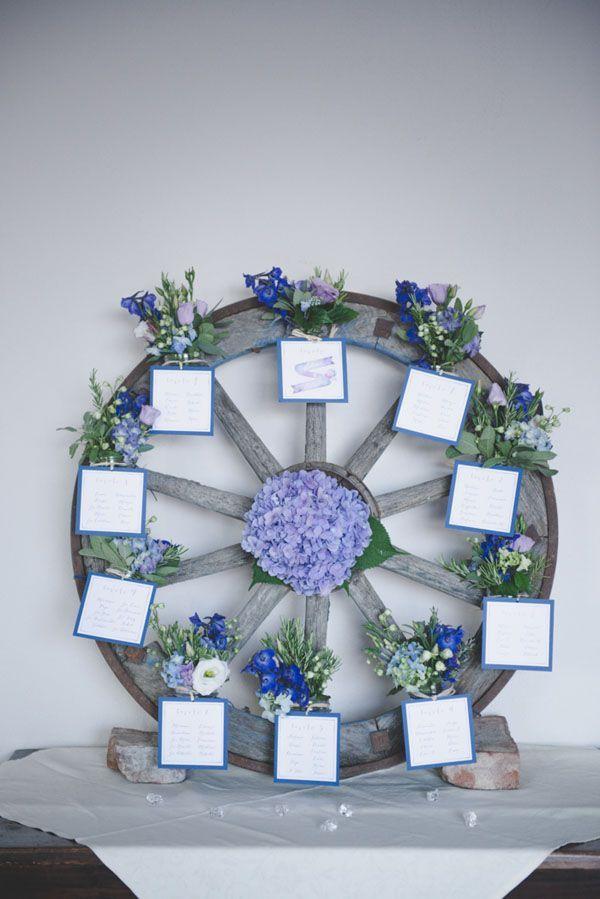 Tableau Matrimonio Azzurro : Azzurro e viola per un matrimonio country wedding decor