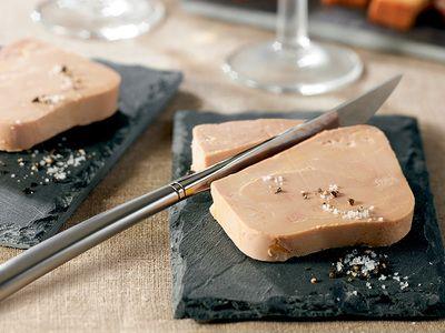 Chantilly de saumon au caviar - Plus de 30 recettes de verrines salées bluffantes - #verrinessalees