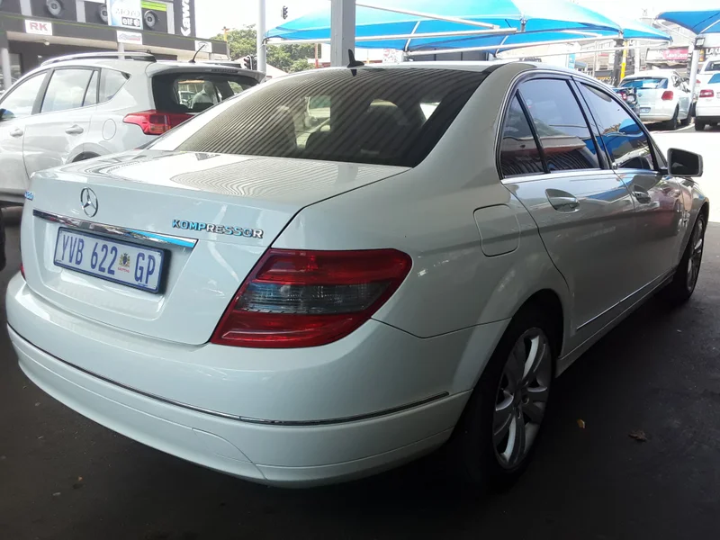 Used MercedesBenz CClass C200k Estate Avantgarde A/t for