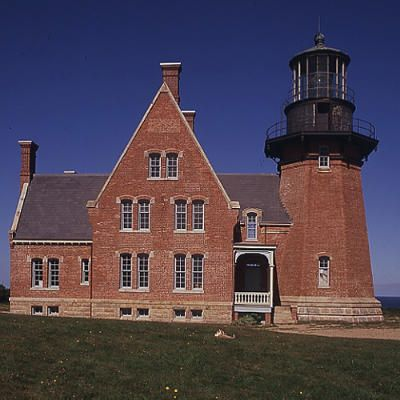 Block Island Southeast Light Enchanting Top 15 Haunted Lighthouses  Block Island Rhode Island Block Island Inspiration