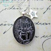 Sireeni-musta ovaali 15€