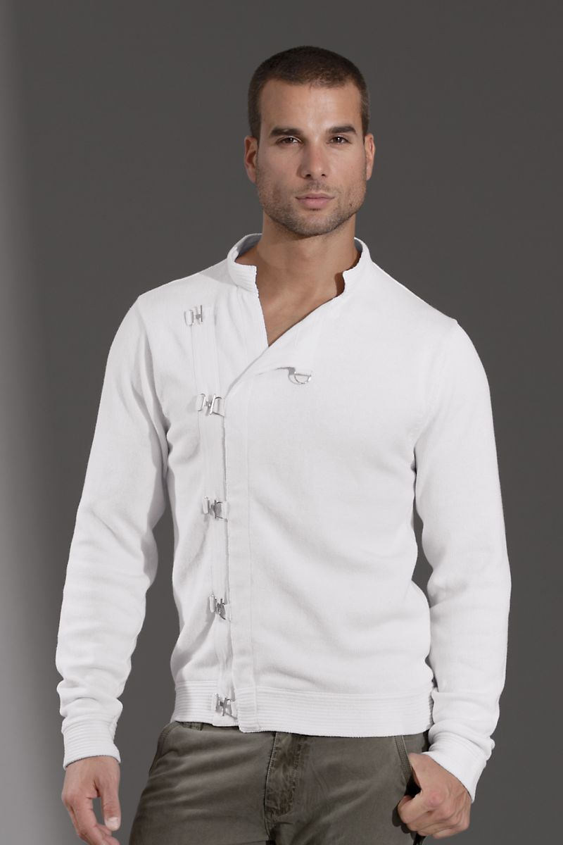 Andres Velasco® Chicago Mens Sweater  6a16a5dc45597