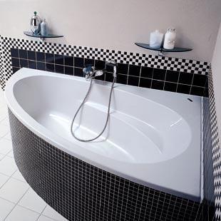 modèle déco salle de bain baignoire d\'angle   Salle de bain ...
