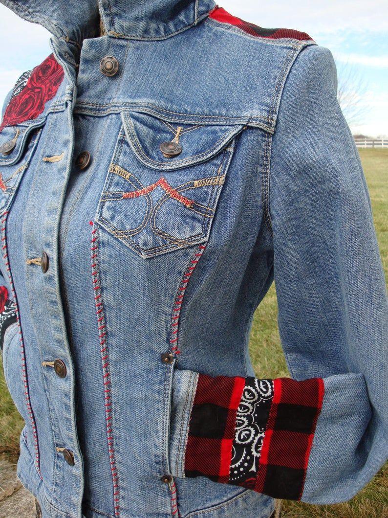 Gorgeous Rose Jean Jacket In 2021 Rose Jeans Diy Denim Jacket Embellished Denim [ 1059 x 794 Pixel ]