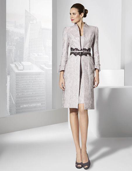 vestidos de fiesta corto y abrigo de brocado malva. | vestidos de