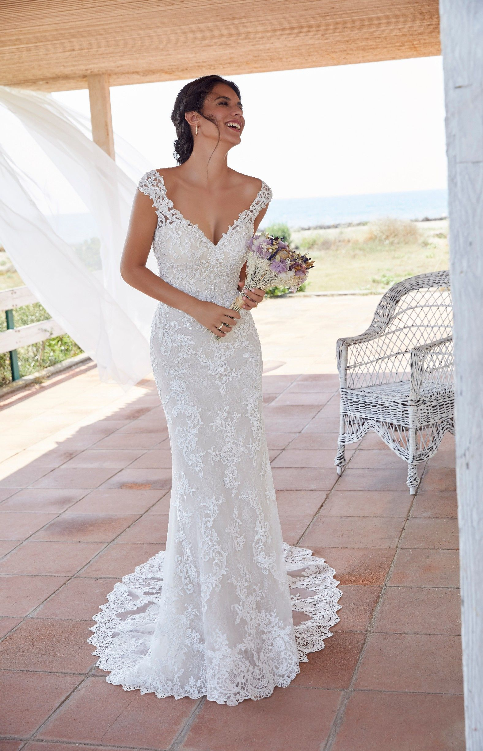 Pin on VICTORIA JANE   SS18 Bridal Collection