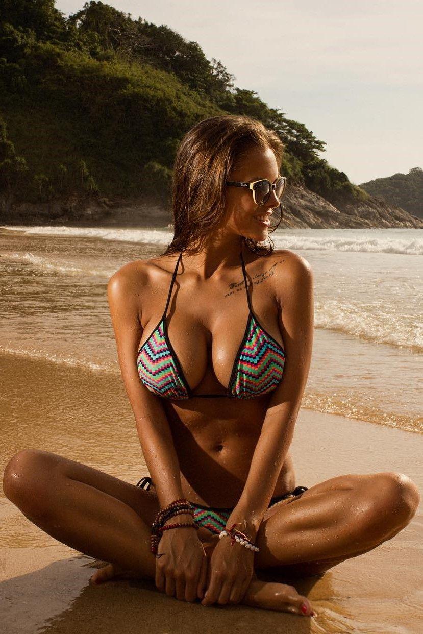 Cleavage Viki Odintcova nudes (64 foto and video), Sexy, Paparazzi, Twitter, braless 2015