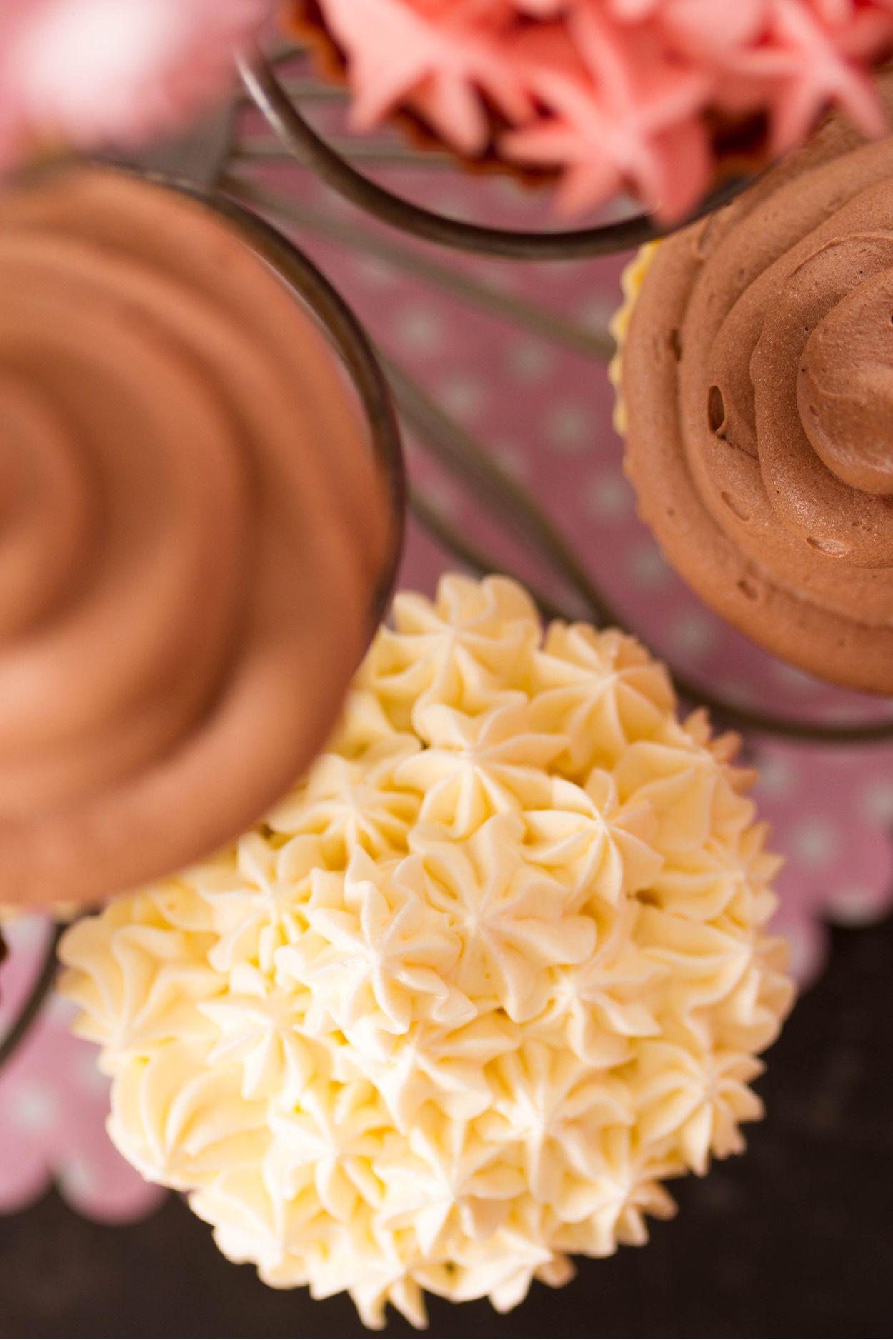 Receta de Toppings para decorar pasteles y cupcakes Merengue