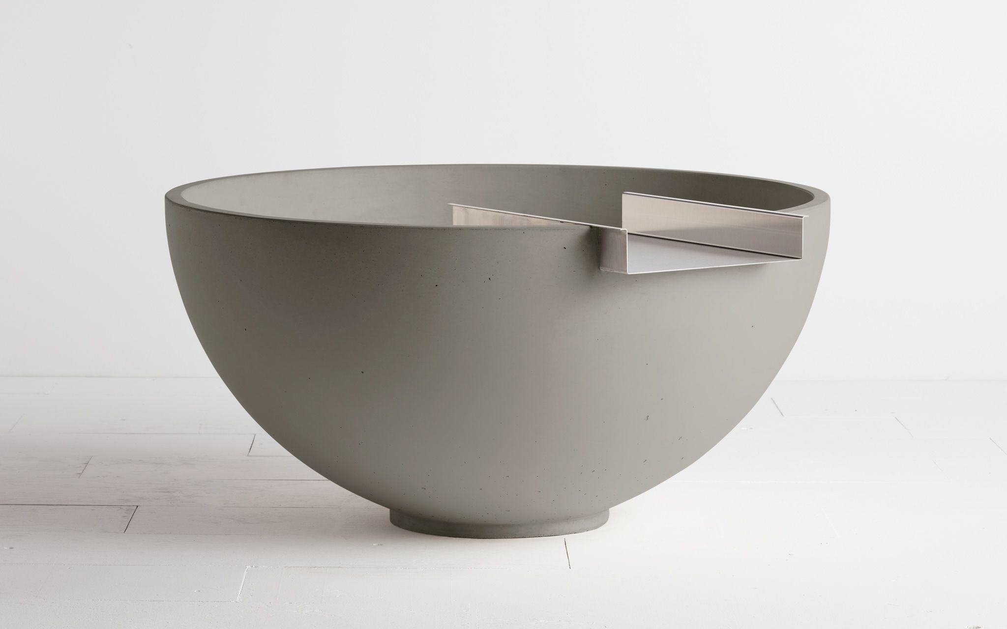 concrete water bowl :: solus decor